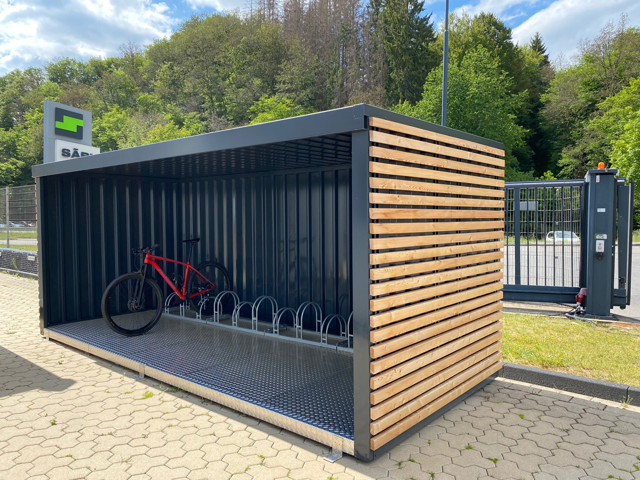 0000-Sonder_FLADAFI-Fahrradcontainer_RGB_220_sl.jpg